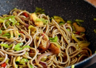 Wok noodles s povrćem
