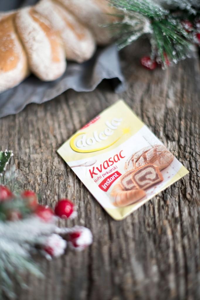 Božićno domaći kruh