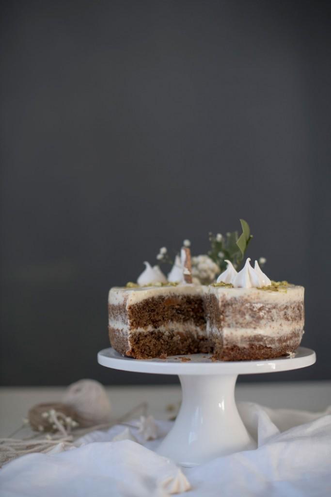 Zimska torta od mrkve, bundeve, oraha i grisa