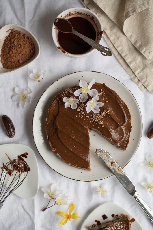Sirova čokoladna torta